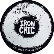 FELTRO IRON CHIC IT NEVER FUCKING ENDS (GROSSO) SLIPMATS