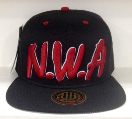 BONE NWA - PRETO (MODELO 2)