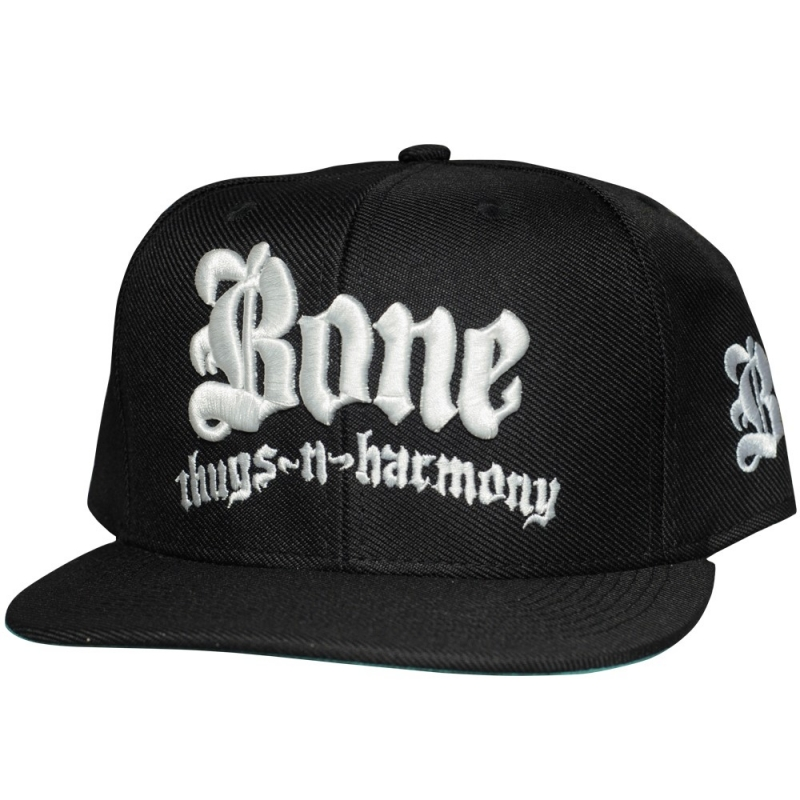 BONE THUGS N HARMONY BONE (PRETO BORDADO BRANCO)