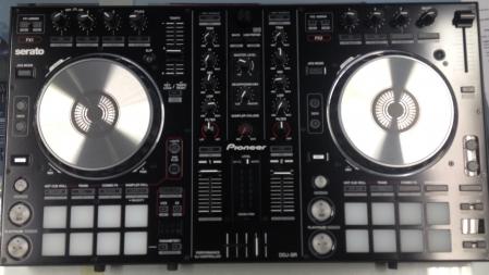 CONTROLADORA PIONEER - DIGITAL DJ SR (SEMINOVA EM OTIMO ESTADO E COM CASE)