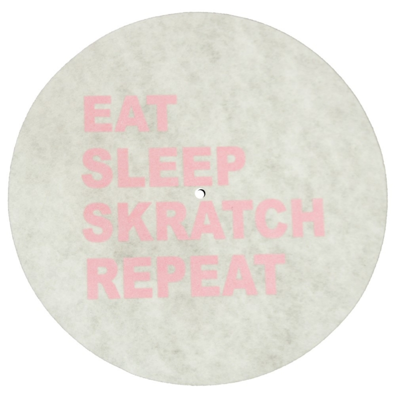 FELTRO EAT SLEEP SKRATCH REPEAT SLIPMATS BRANCO E ROSA
