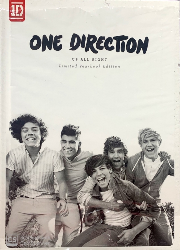 One Direction - Up All Night Limited Yearbook Editon Novo
