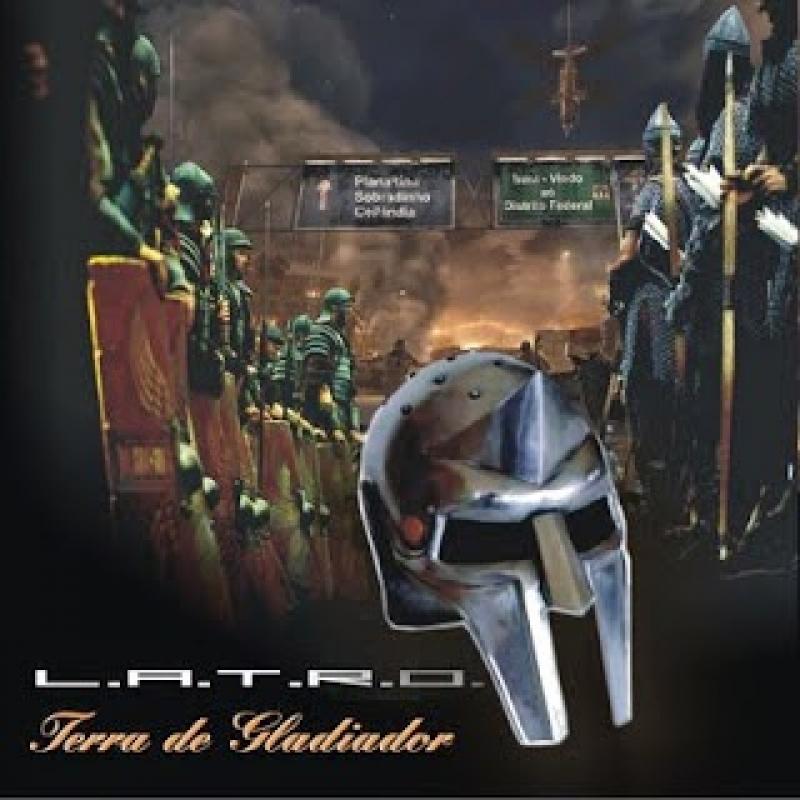 LATRO - Terra de gladiador PRODUTO INDISPONIVEL NO MOMENTO